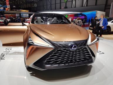 Lexus LF-1 Limitless на Женевском автосалоне